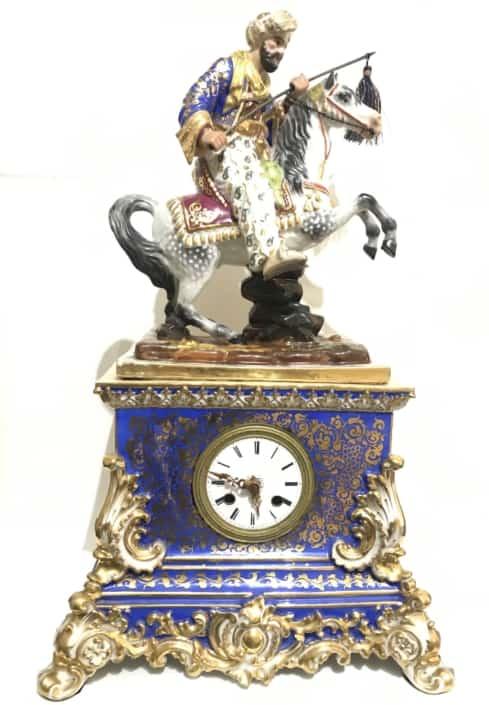 Πορσελάνινο επιτραπέζιο ρολόι με έφιππο Τούρκο 19ος Αντίκες & διάφορα
