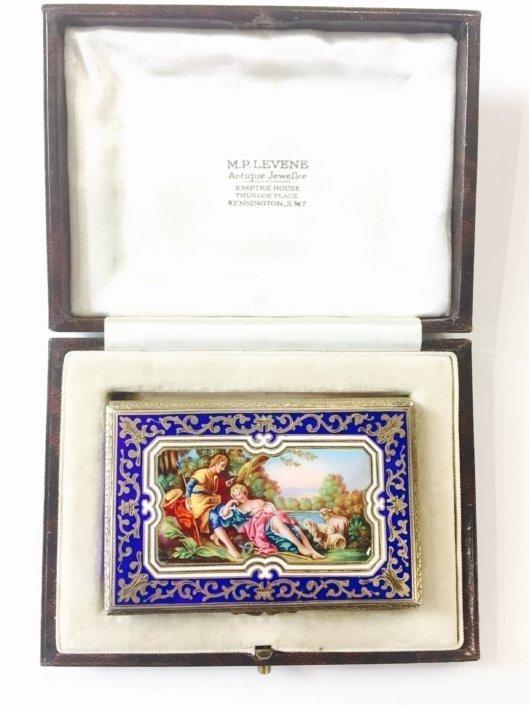 Ασημένιο κουτί με σμάλτο (ταμπακέρα) , ζωγραφισμένο στο χέρι Αντίκες & διάφορα