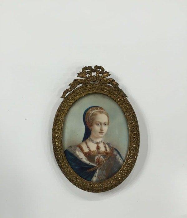Πορτρέτο σε ελεφαντόδοντο, ζωγραφιά της βασίλισσας Μαρίας Αντίκες & διάφορα