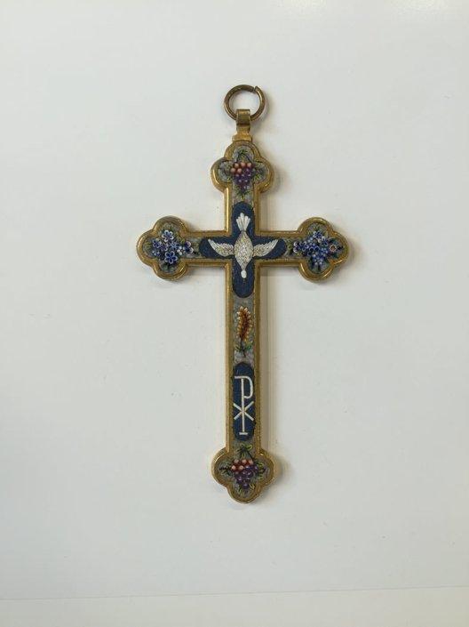 Χειροποίητος σταυρός -τέλη 19ου- με μικρομωσαϊκό Αντίκες & διάφορα