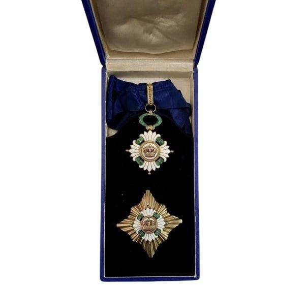 The Order Of The Yugoslav Crown; 2nd Class Set Παράσημα - Στρατιωτικά μετάλλια - Τάγματα αριστείας